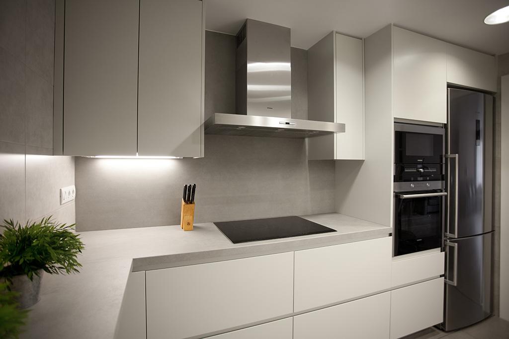 Oltapol - Cocinas blancas lacadas ...